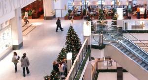 W grudniu ruch w centrach handlowych zwiększa się o 30 proc.