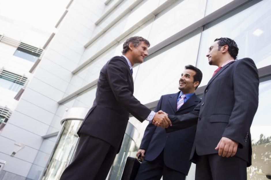 Banki i ubezpieczyciele największymi najemcami biur w stolicy, ale nie w miastach regionalnych