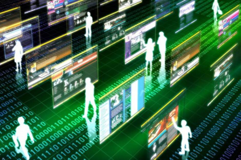 Klienci nie zrezygnują z zakupów w centrach handlowych, ale e-commerce rośnie w siłę