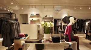 Wielkie wydarzenie na rynku najemców centrów handlowych - H&M wprowadza do Polski nową markę sklepów