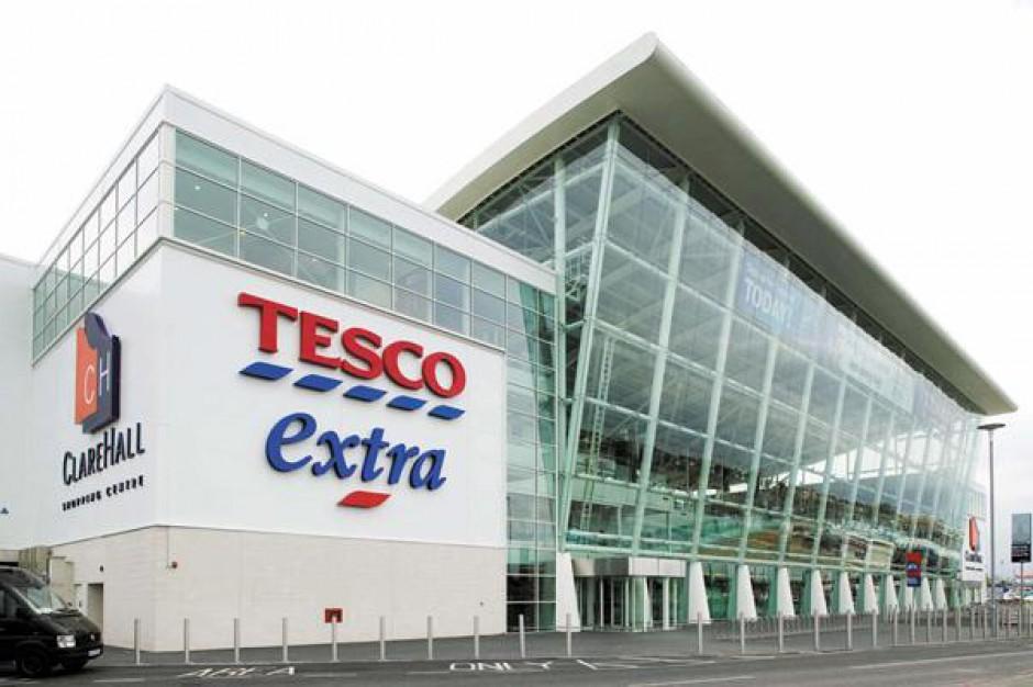 Tesco musi zainwestować miliard funtów