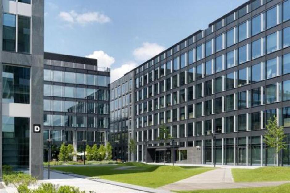 Azora kupuje trzy biurowce w Warszawie