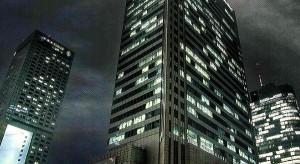 Biurowce i centra handlowe warte miliardy złotych idą pod młotek