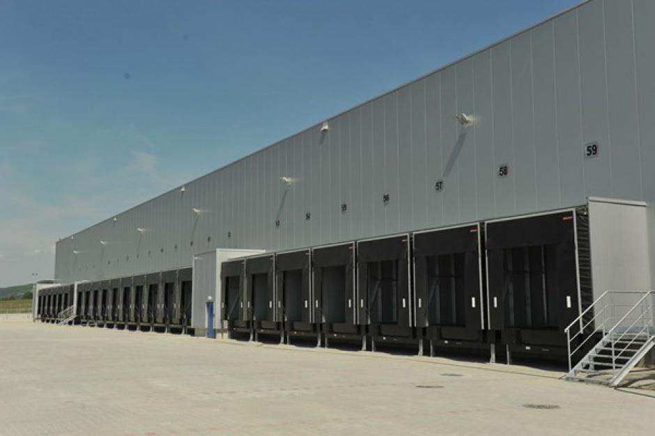 Goodman przekazał DB Schenker pierwszy BTS w Kraków Airport Logistics Centre
