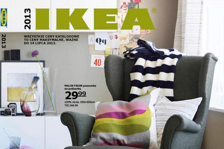 """Ikea przeprasza za """"wymazanie"""" kobiet"""
