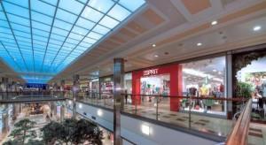 Sadyba Best Mall uatrakcyjnia ofertę