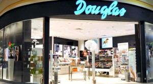 Douglas będzie otwierać nowe i modernizować już istniejące perfumerie