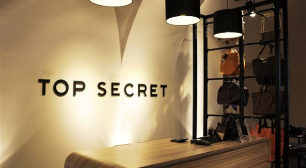 Top Secret zwiększa obroty