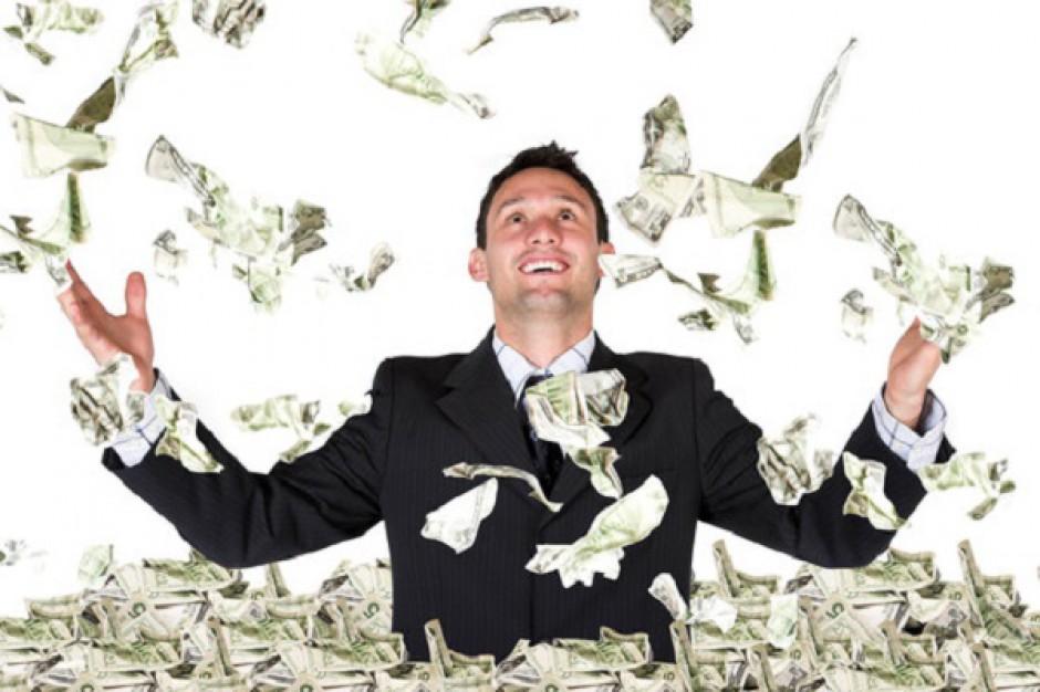 Poznaj zarobki zarządów giełdowych spółek deweloperskich