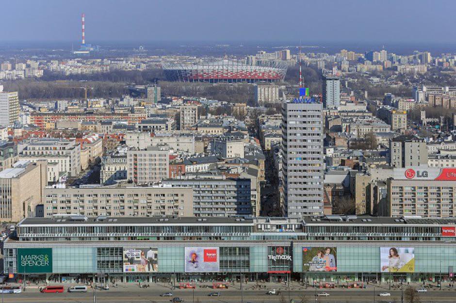 Warszawskie ulice handlowe zyskują na znaczeniu - raport