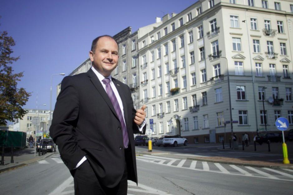 Czerwona Torebka uruchomi 35 nowych punktów odbioru Merlin.pl