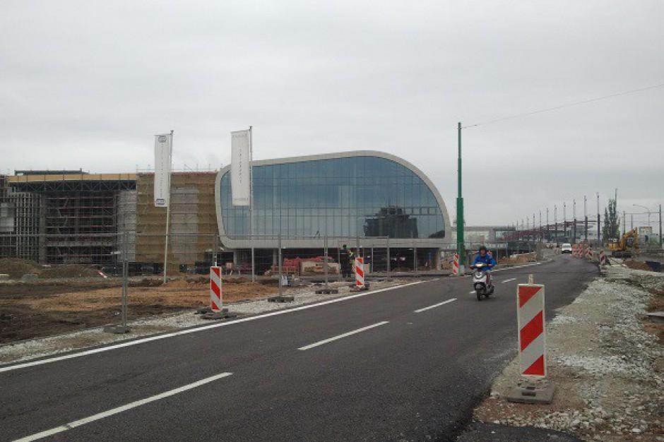 Trwają prace przy układzie drogowym wokół Poznań City Center - zdjęcia