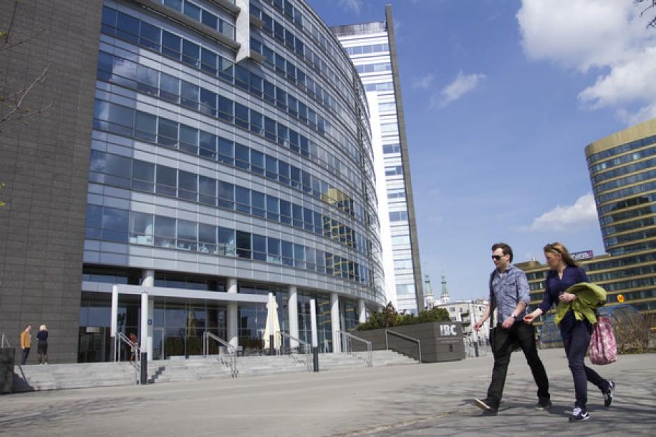 Knight Frank podsumowuje sytuację na rynku biurowym w Warszawie i innych miastach