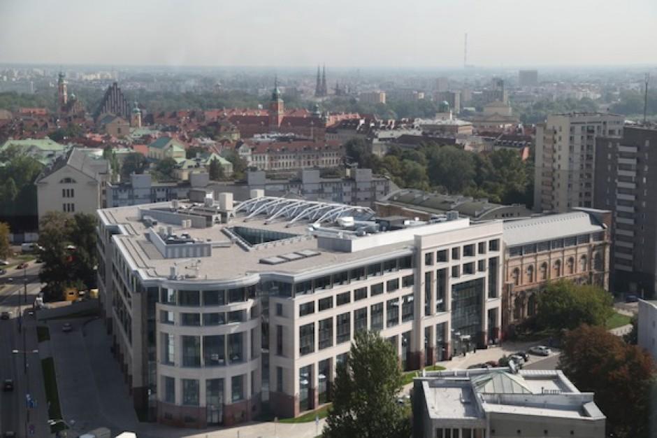 Do końca roku wolumen transakcji w Polsce znacząco wrośnie - raport CBRE
