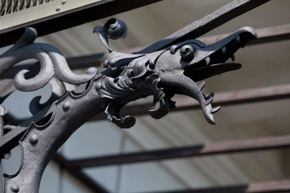 XIX-wieczne dekoracje znów zdobią budynek MetLife Amplico