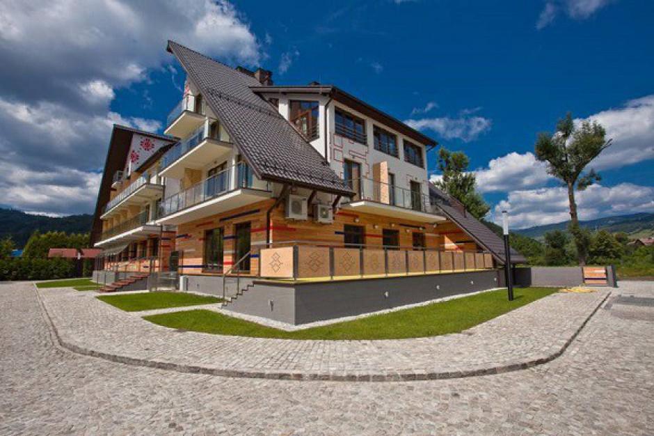 Złomiarz inwestuje w beskidzki etno-hotel