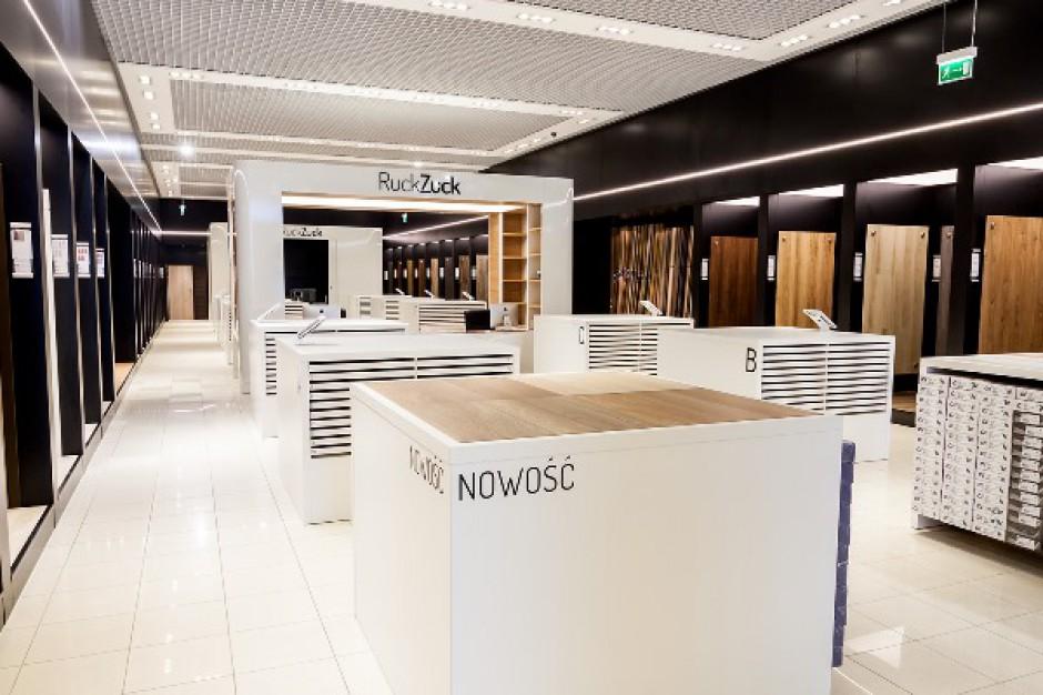 Pierwszy multimedialny showroom podłóg i drzwi już otwarty