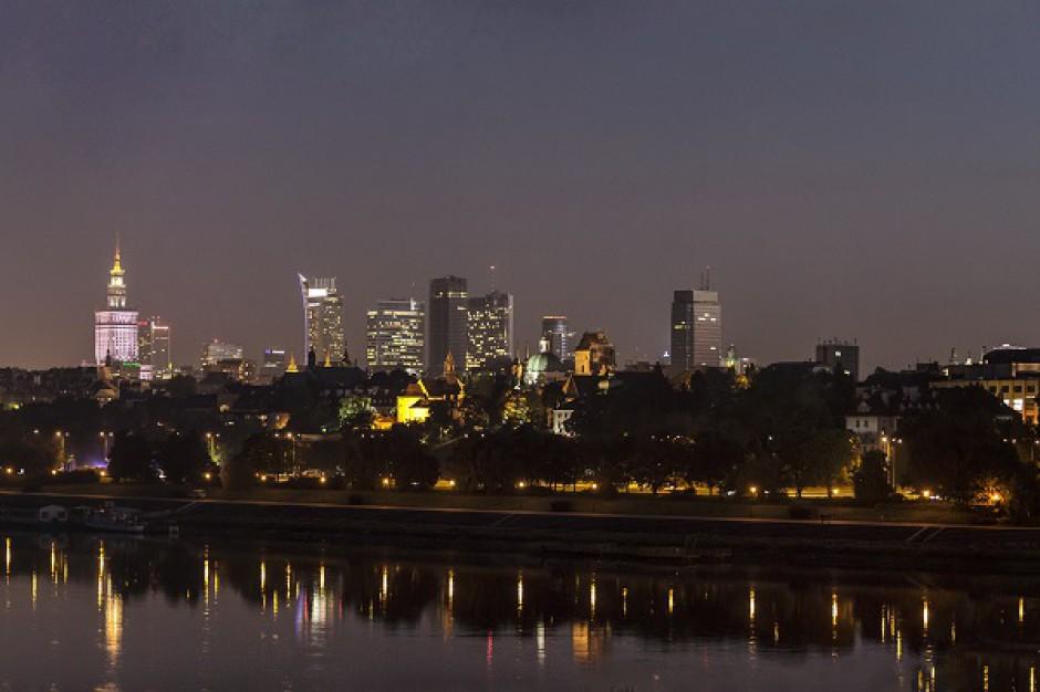 Realizacja nowych projektów biurowych w Warszawie nabiera tempa - raport