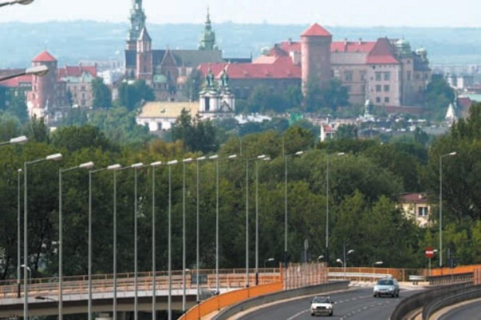 Rynek biurowy a transport miejski w Krakowie - raport