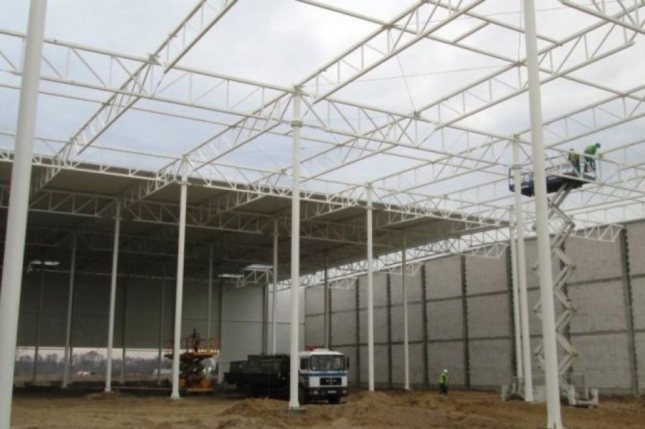 Hala B North-West Logistic Park wynajęta w 40. procentach
