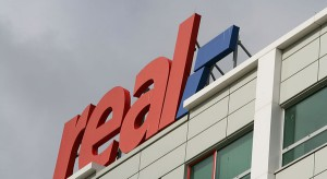 Auchan rusza z rebrandingiem hipermarketów Real