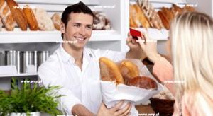Eksperci radzą, jak mówić do klientów, by sfinalizować sprzedaż