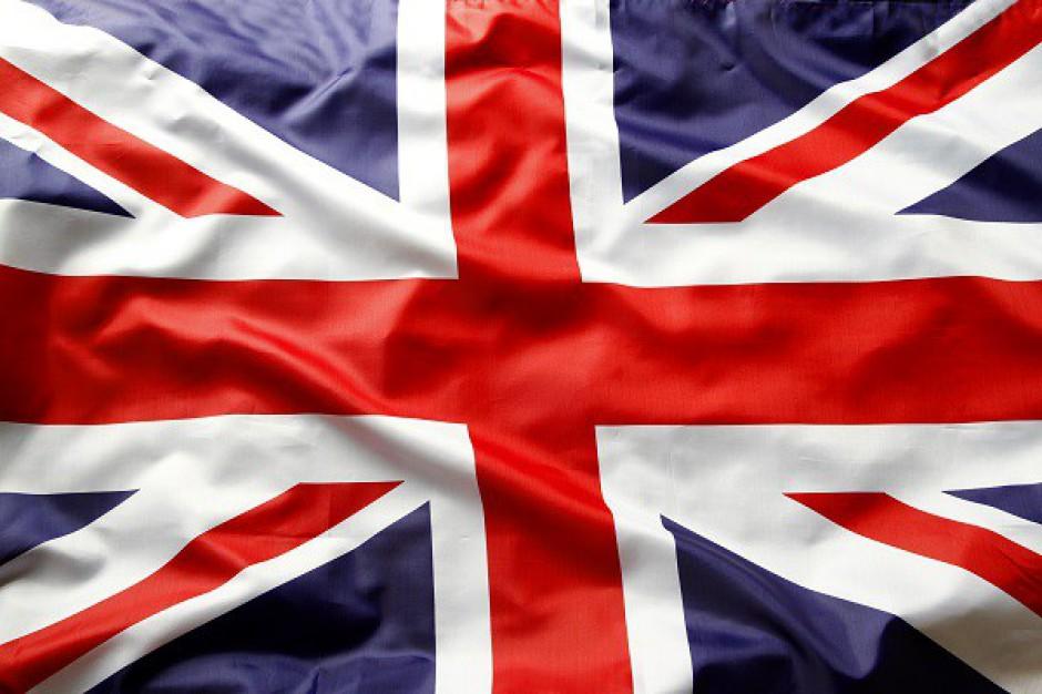 Królowa Wielkiej Brytanii zarabia krocie na nieruchomościach