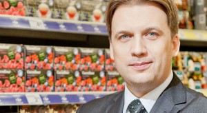 Carrefour zmienia hipermarkety w centrach handlowych