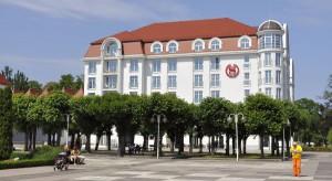Sopocki hotel serwuje staropolskie danie z dokumentem do podpisu w komplecie
