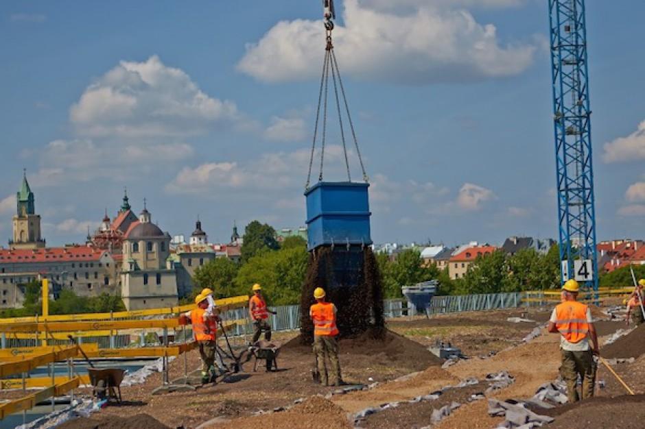 Kolejny etap budowy Tarasów Zamkowych