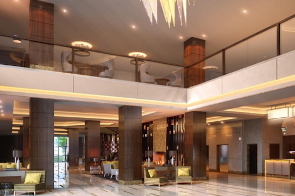 Hilton w Wawrze zwalnia i nie chce płacić
