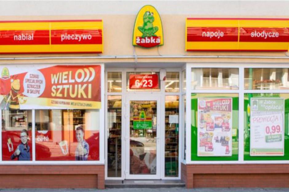 Żabka przejmuje coraz więcej sklepów convenience