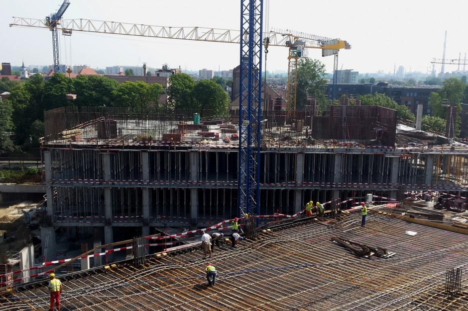 Widoczne zmiany na budowie Galerii Metropolia