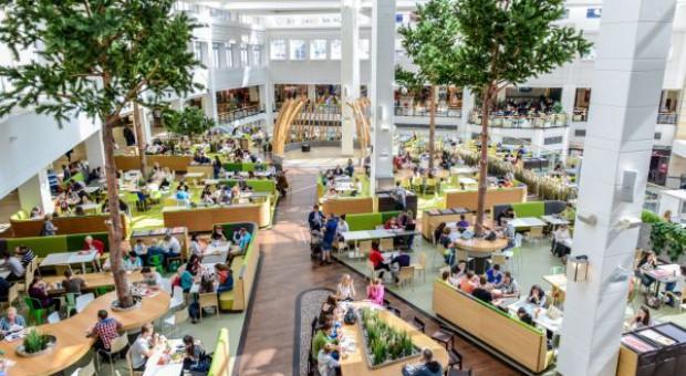 Fala radości w centrach handlowych Unibail-Rodamco