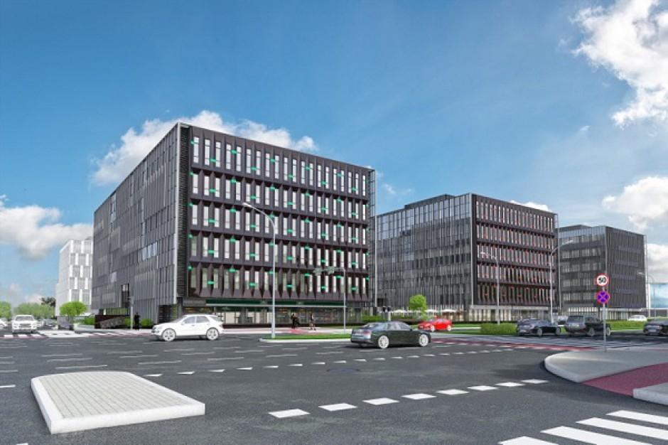 Budowa kompleksu Stegny Business Center przełożona