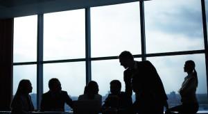 Pracownicy i technologia diametralnie zmienią miejsca pracy sektora finansowego