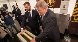 Centrum przeładunkowe UPS w Strykowie z kamieniem węgielnym
