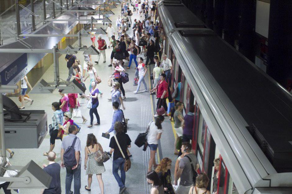 """II linia metra kolejną """"miejską galerią handlową"""""""