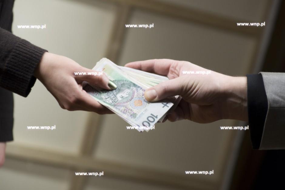 Od 1 stycznia br. płaca minimalna wynosi 1750 zł