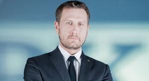 Jarosław Bator poza PKP