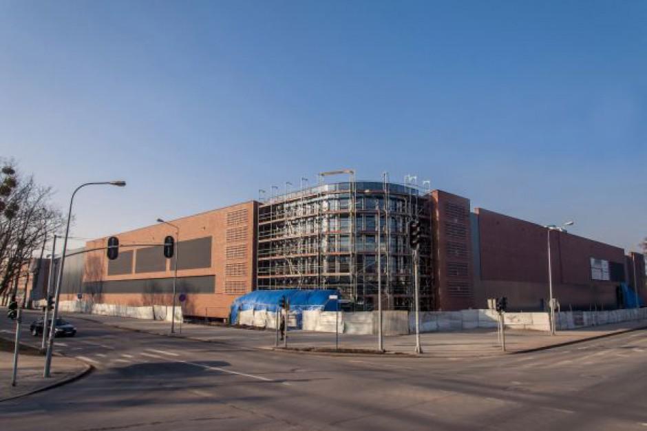 W Starogardzie Gdańskim powstaje duże centrum handlowe