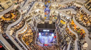 Centrum handlowe w wirtualnej rzeczywistości. Nowy punkt na mapach Google