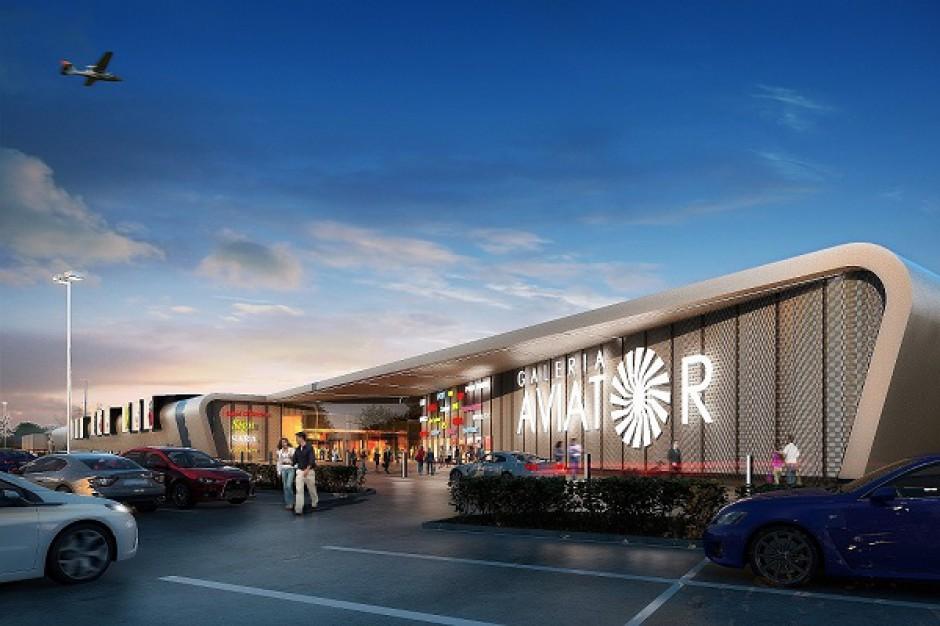 Postępuje budowa galerii handlowej w Mielcu