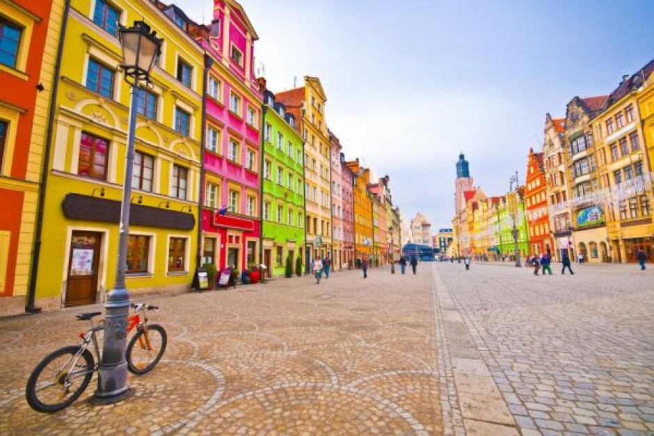 Wrocław z najlepszą reputacją wśród polskich miast