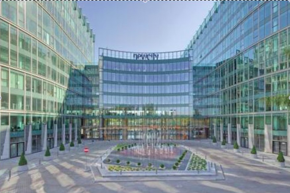 Hines kupuje kompleks New City