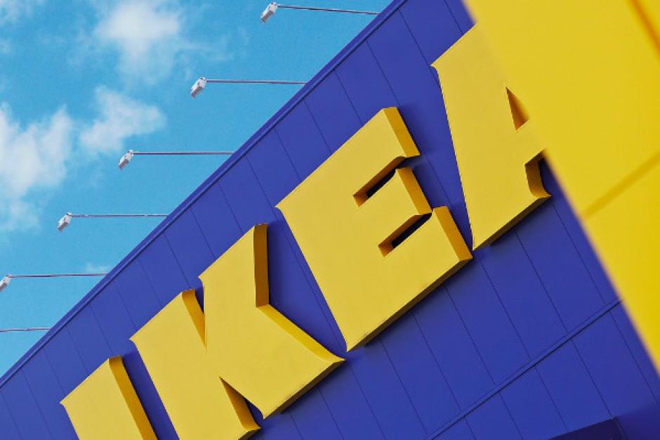 Ikea podnosi pensję minimalną