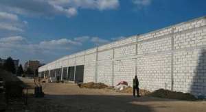 Trwają prace przy budowie parku handlowego w Lubartowie