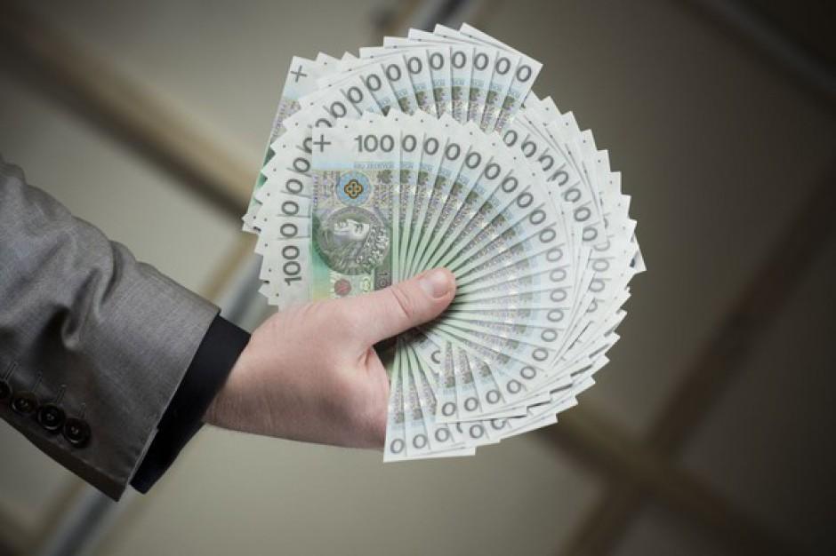 S&P obniżyła rating Polski. Złoty idzie w dół
