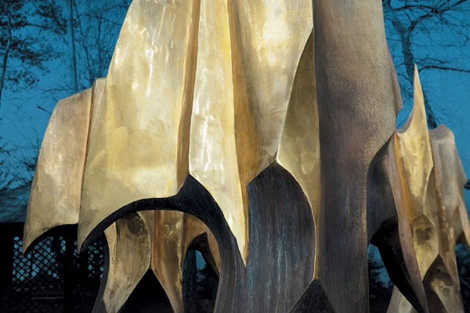 Rzeźby w galeriach sieci Dekada