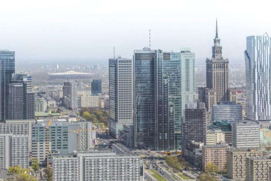 Warszawa tanieje na liście najdroższych lokalizacji biurowych świata